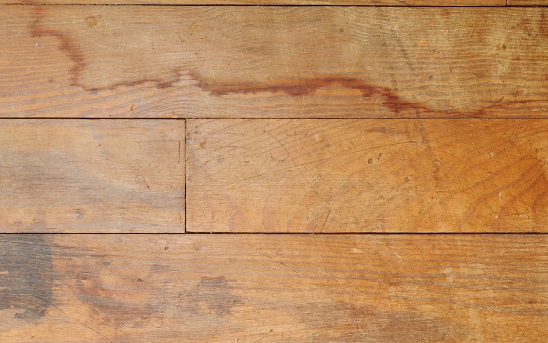How to Remove Persistent Water Stains From Hardwood Floors